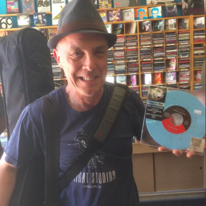Freddy Johnson w/ his RSD 7""